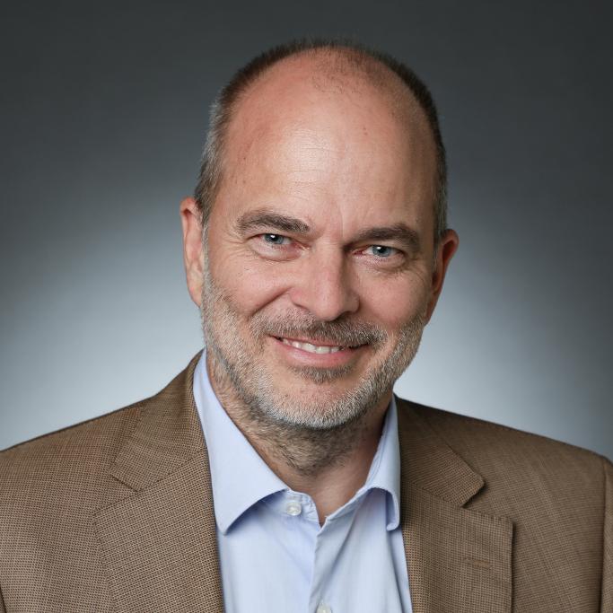 Dr. Ulrich Münch
